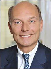 Dr. Michael Mathes